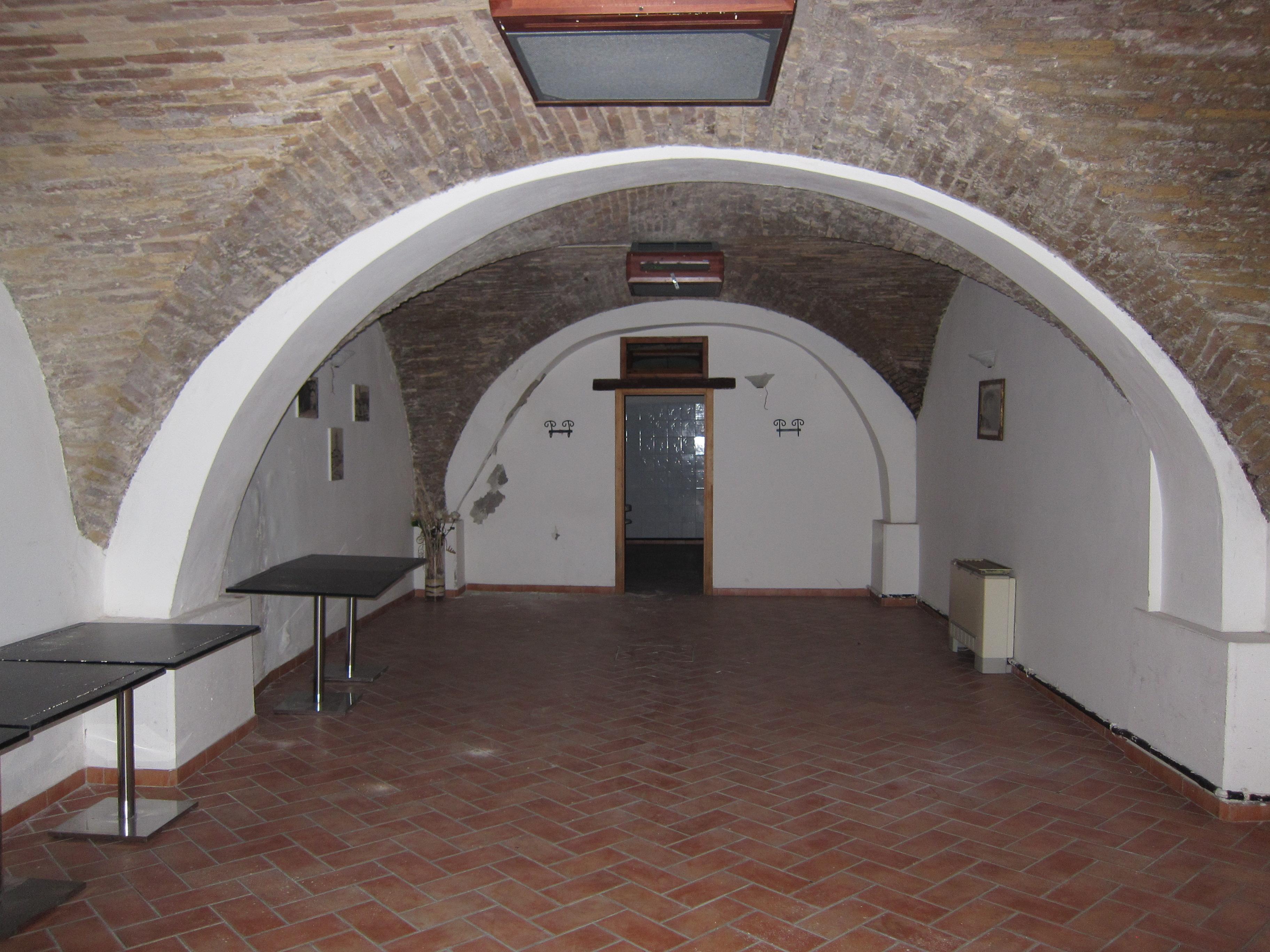 Centro Storico – Locale commerciale .